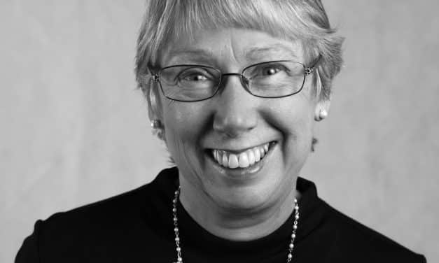 Glynis Atherton: Chief Executive at Hospiscare, Exeter, Mid and East Devon