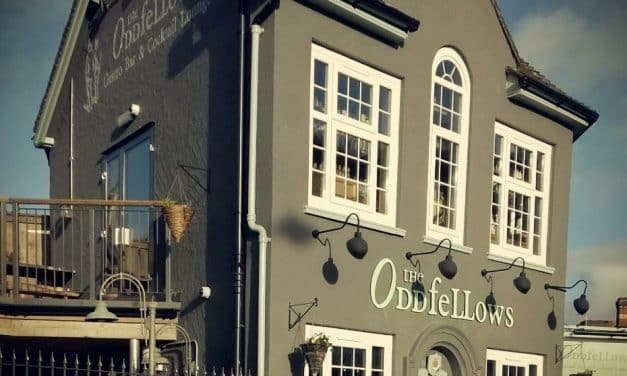 ESTABLISHED EXMOUTH PUB IN THE MARKET FOR NEW LANDLORDS