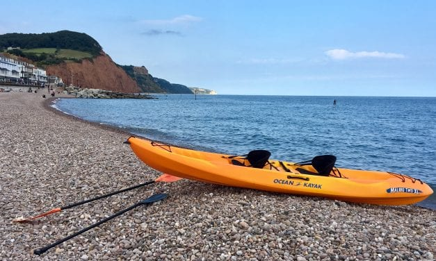 Kayak To Go – Tess Read