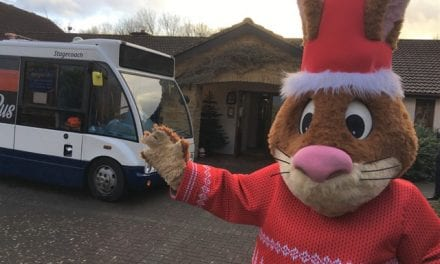 Stagecoach Santa Bus Pays Special Visit To Children's Hospice