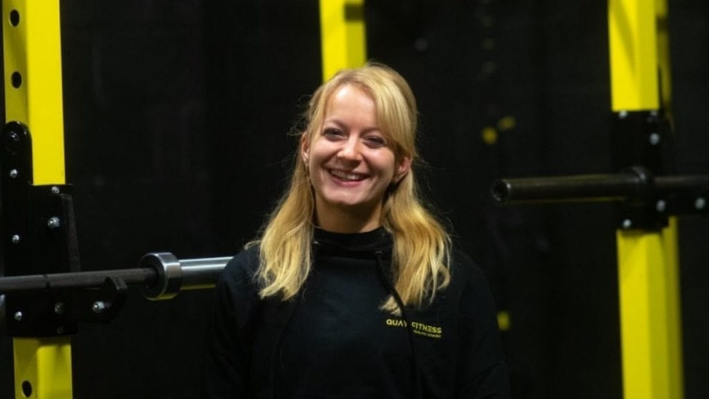 quay fitness smiling woman