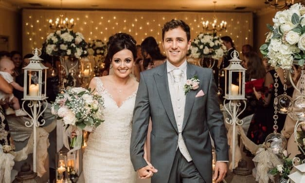 Photographer Offers A Couple the Chance of £30K Dream Wedding to Raise Funds for NHS