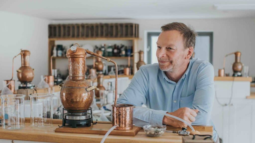 food drink devon speaks up man salcombe distillery copper pot