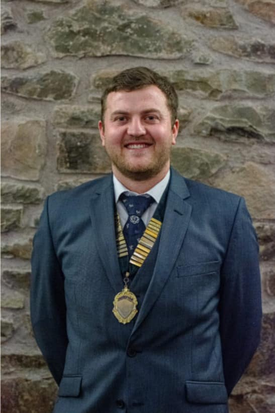 nfu young farmer man suit medal