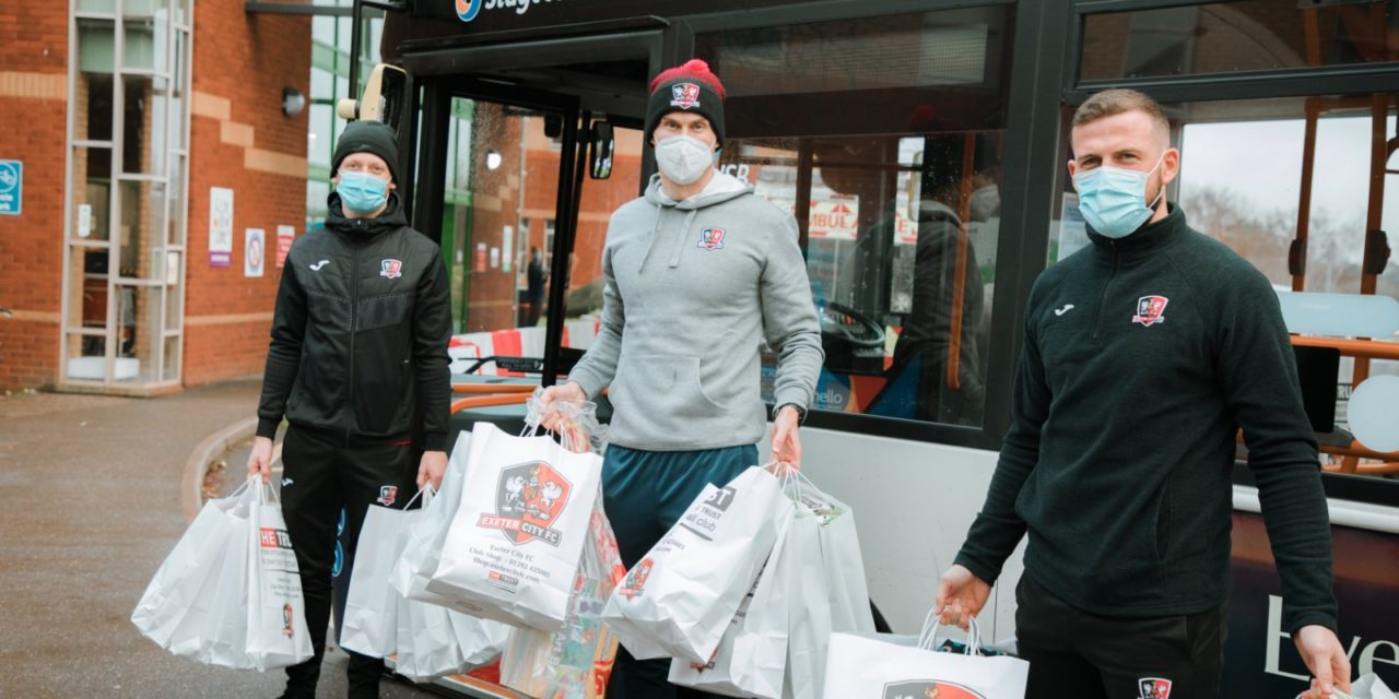 Exeter City Players Collect For Children In Hospital